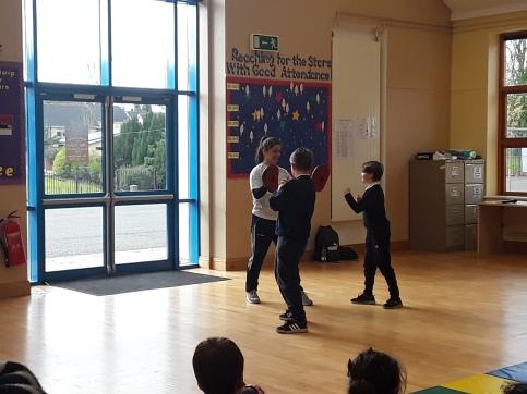 Caradh O Donovan visit assembly 4